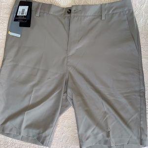 Adidas ClimaLite Golf Short - 34Waist